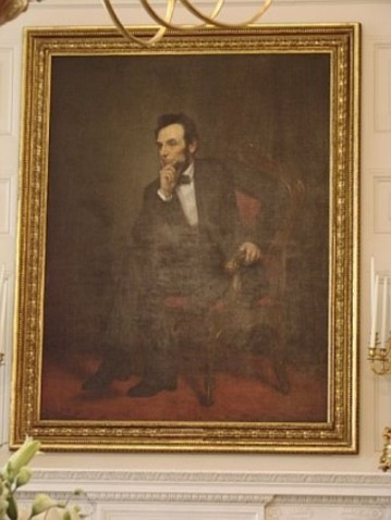 Abraham_lincoln_portrait_in_white_house
