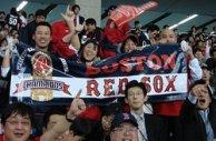 Japan_trip_sox_fans_celebrate